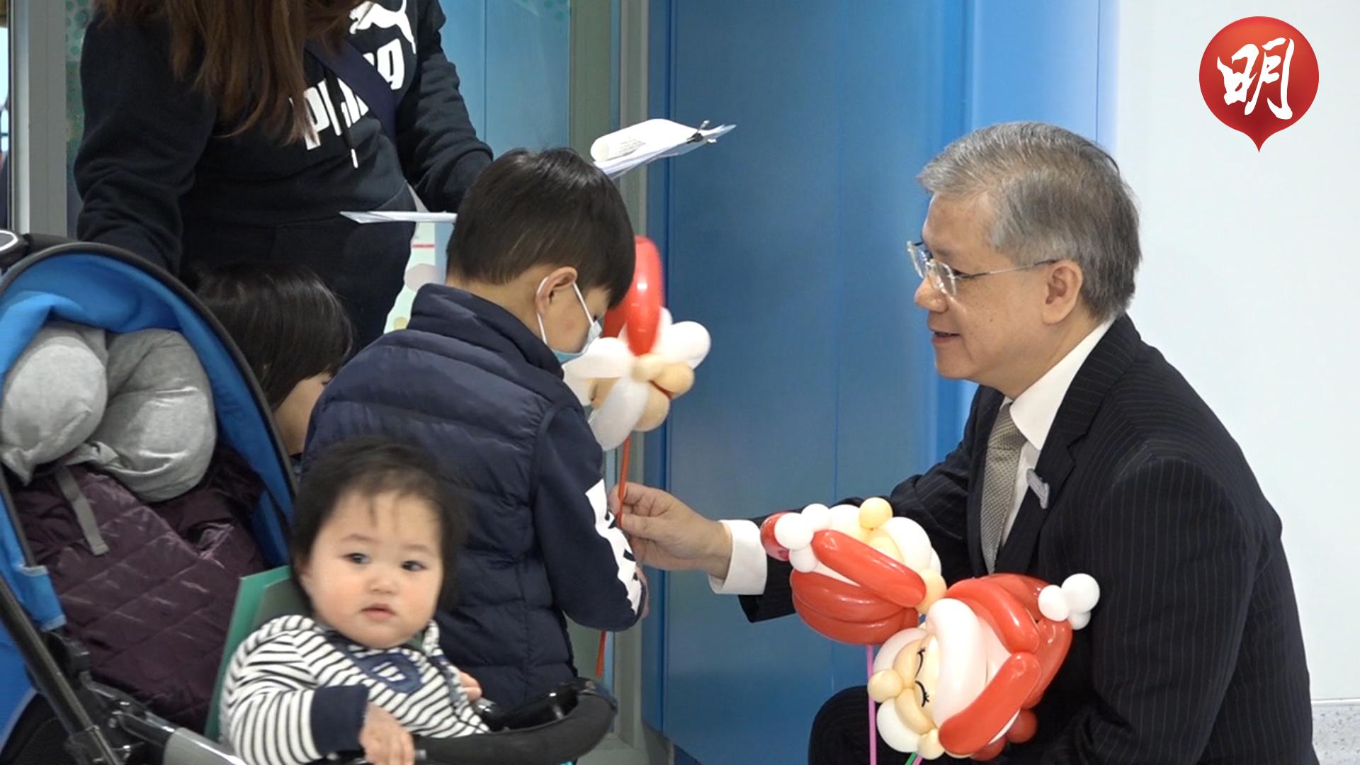 【短片】兒童醫院正式啟用 首名覆診病童指醫院感覺舒服