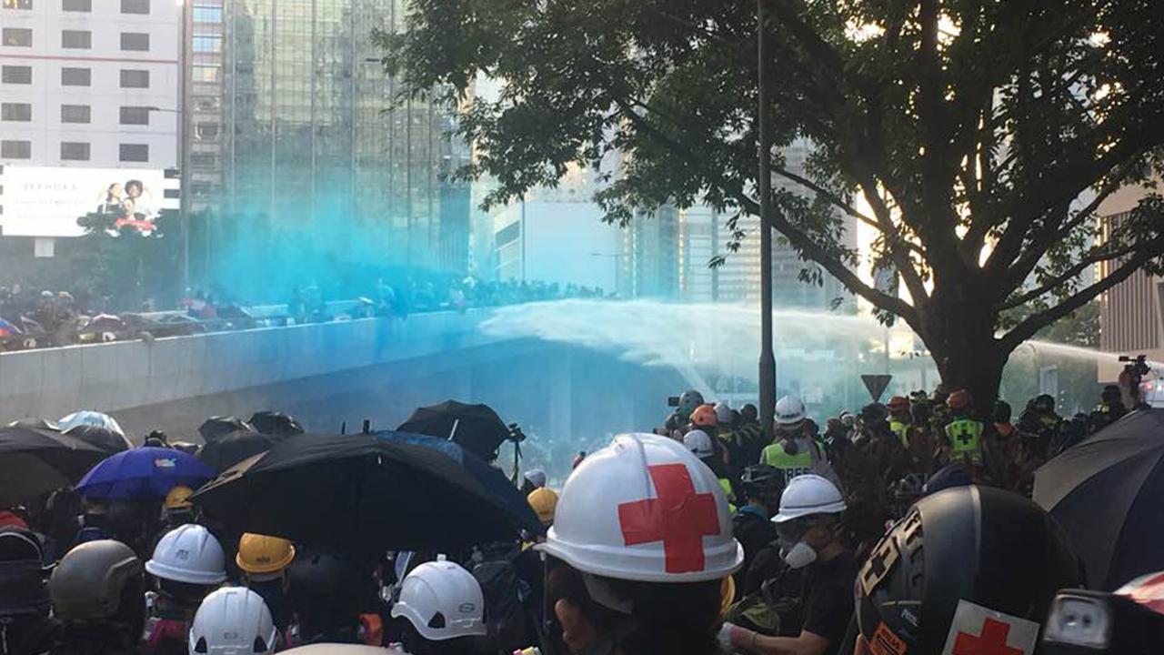 【9·15港島示威】警政總外水炮車清場